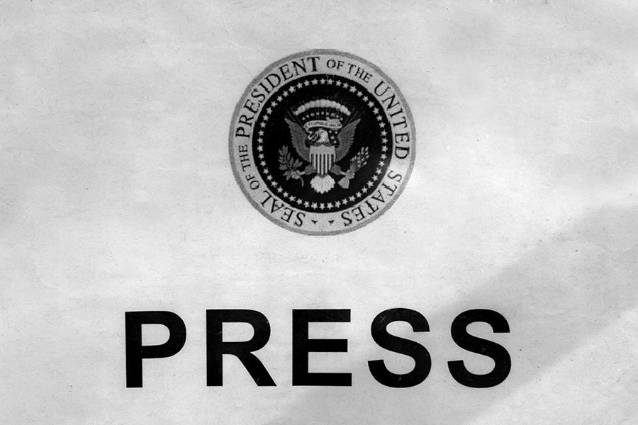 obama - press pool correspondents