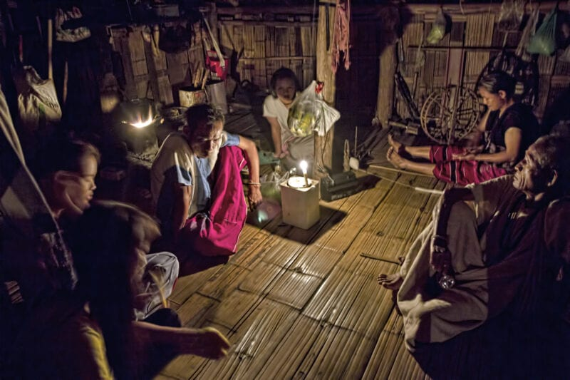 northern Thailand's hilltribe people - jeffrey warner - nam bor noi karen village